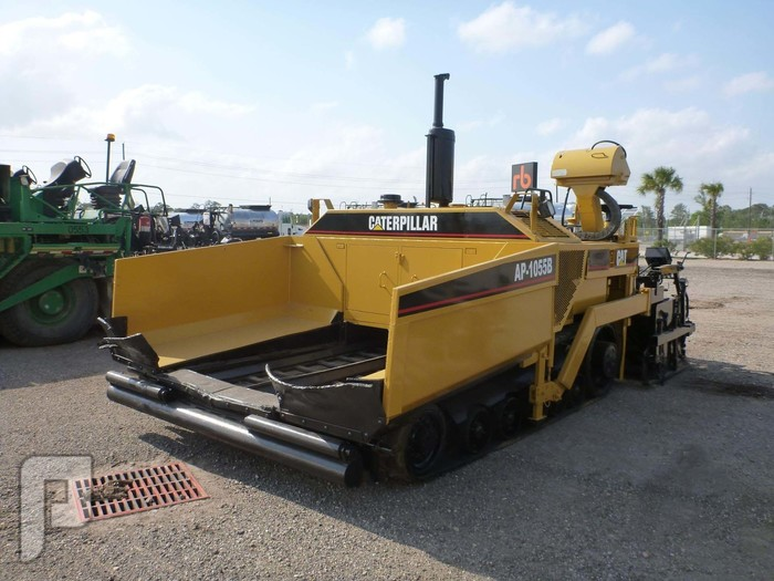 IT# 516-1998 CATERPILLAR AP1055B Crawler Asphalt Paver