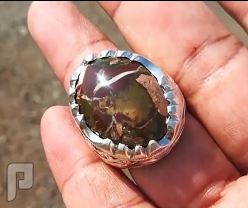 خاتم عقيق يماني خامه ذهبيه من جبال اليمن