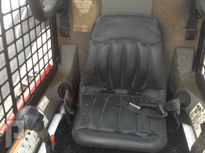 IT# 1751 2009 BOBCAT S300 SKID STEER AM