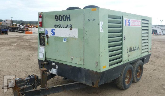 IT#505A-2005 SULLAIR 900HDTQCA Portable Air CompressorI