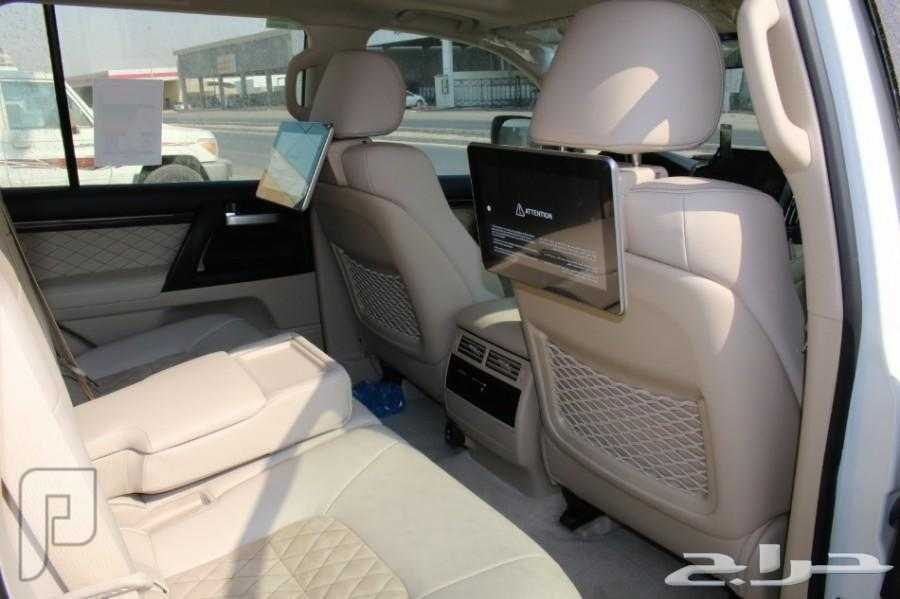 تويوتا لاندكروزر رقمGXR 3 جراند تورنج 8 سلندر موديل 2020 الوكيل سعودي