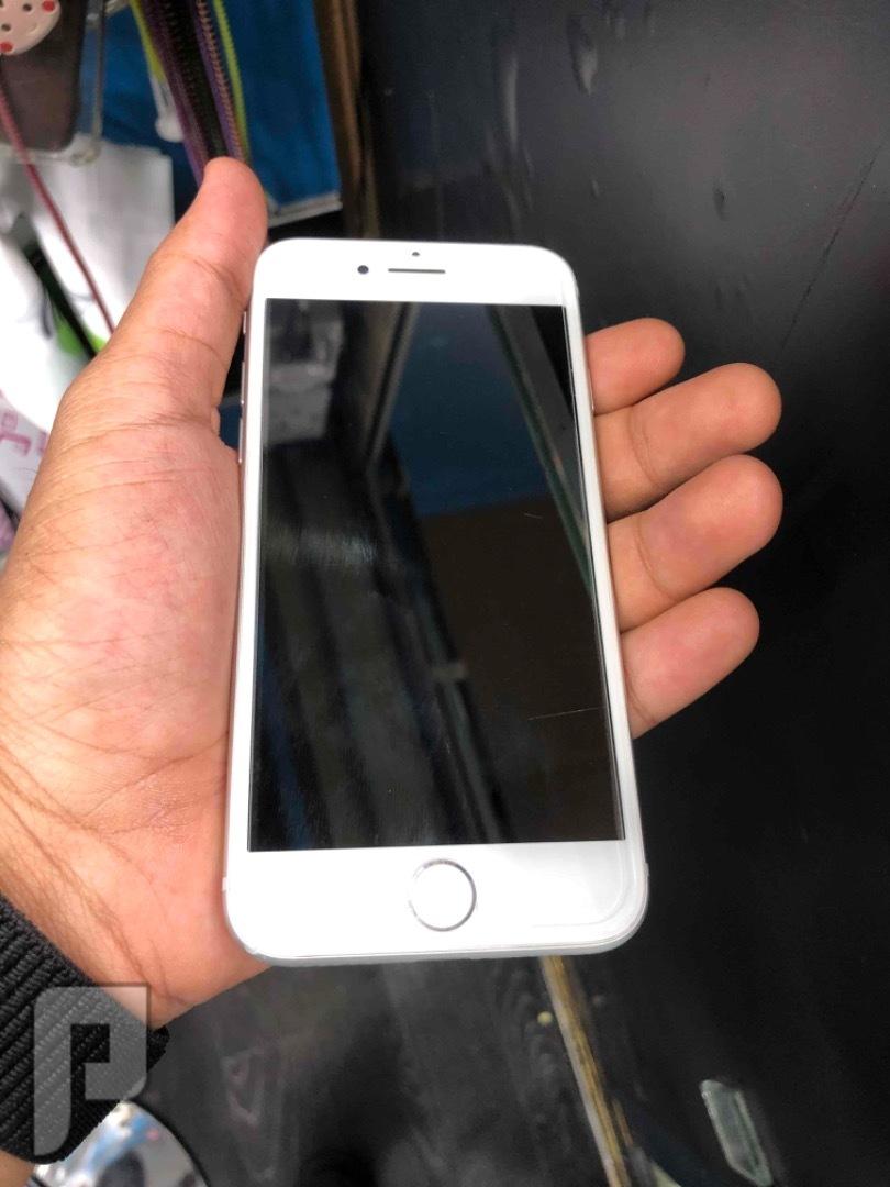 للبيع ايفون 8 ابيض مستخدم ونظيف