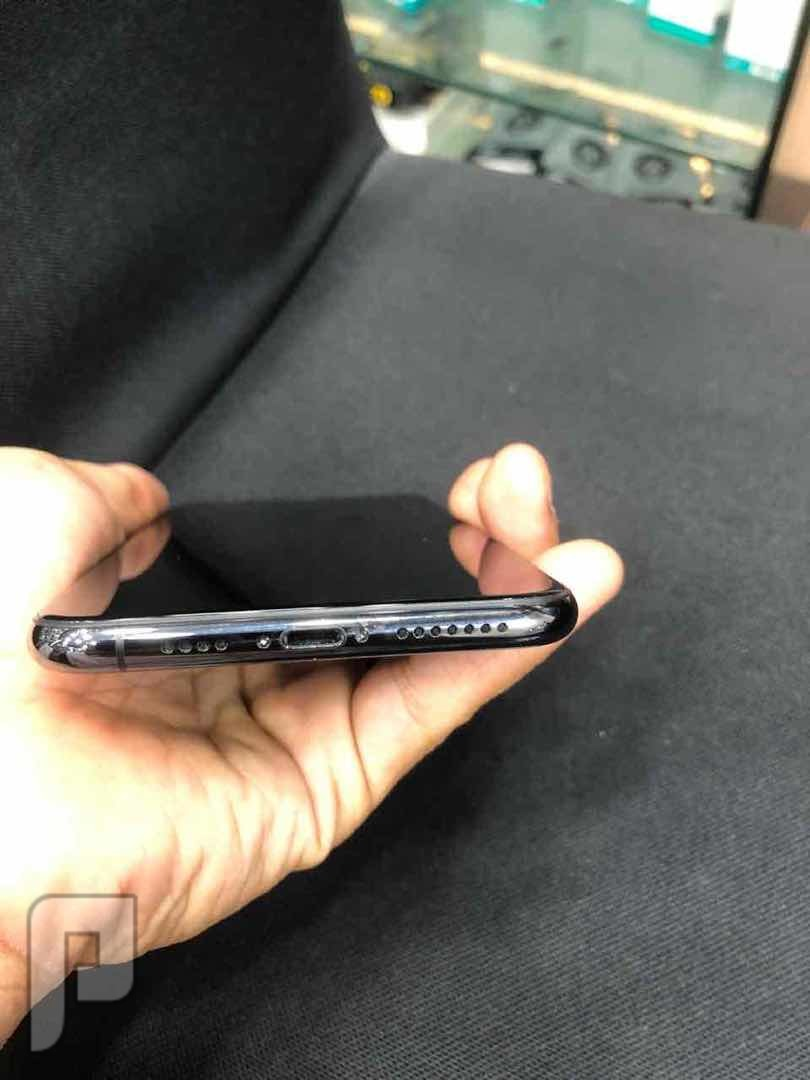 للبيع ايفون اكس اس ماكس 64 اسود نظيف جدا