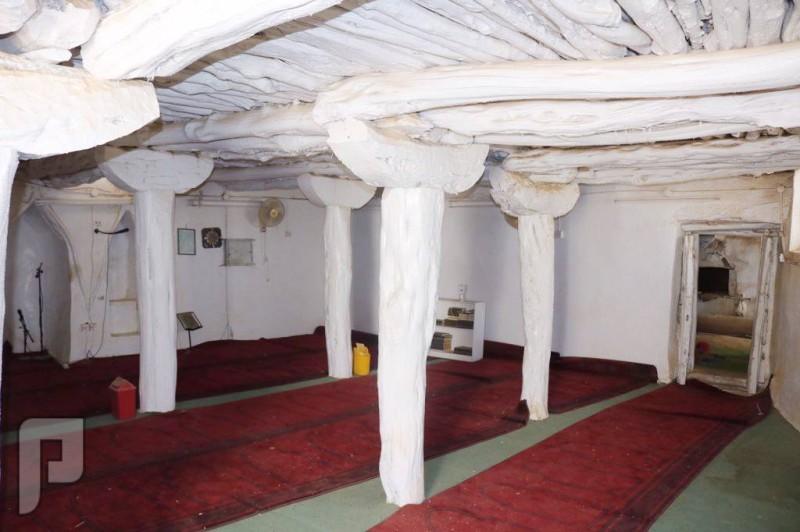 المساجد التاريخية في مكة والباحة