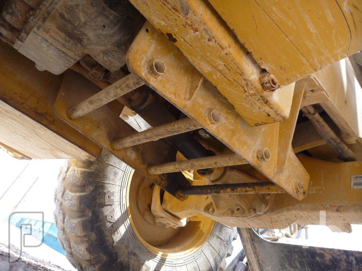 IT#117A-2007 CATERPILLAR 434E 4x4x4 Loader Backhoe