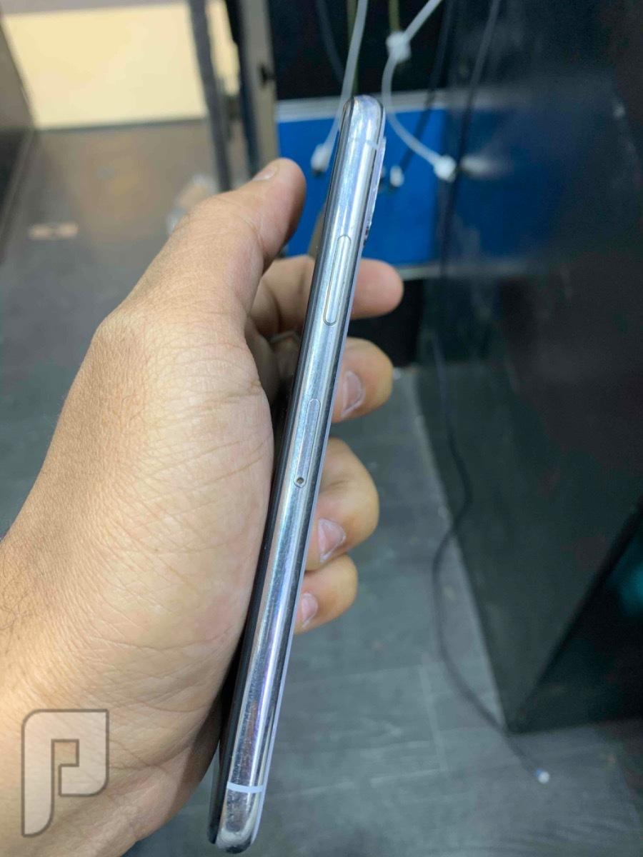 للبيع ايفون اكس 256 ابيض نظيف مستخدم