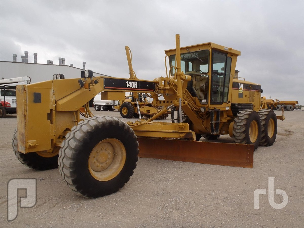 IT#237-2005 CATERPILLAR 140H VHP Motor Grader