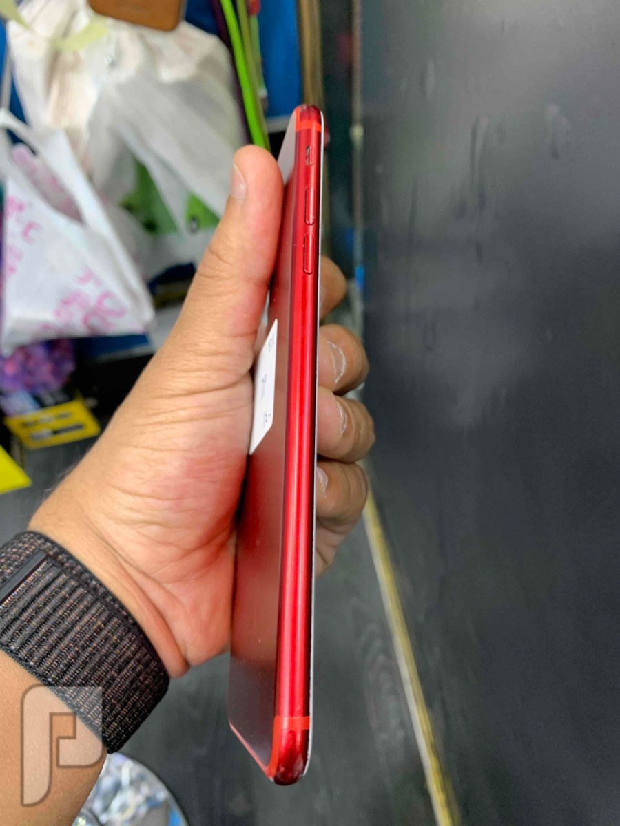 للبيع ايفون 7 بلس 128 قيقا احمر مستخدم