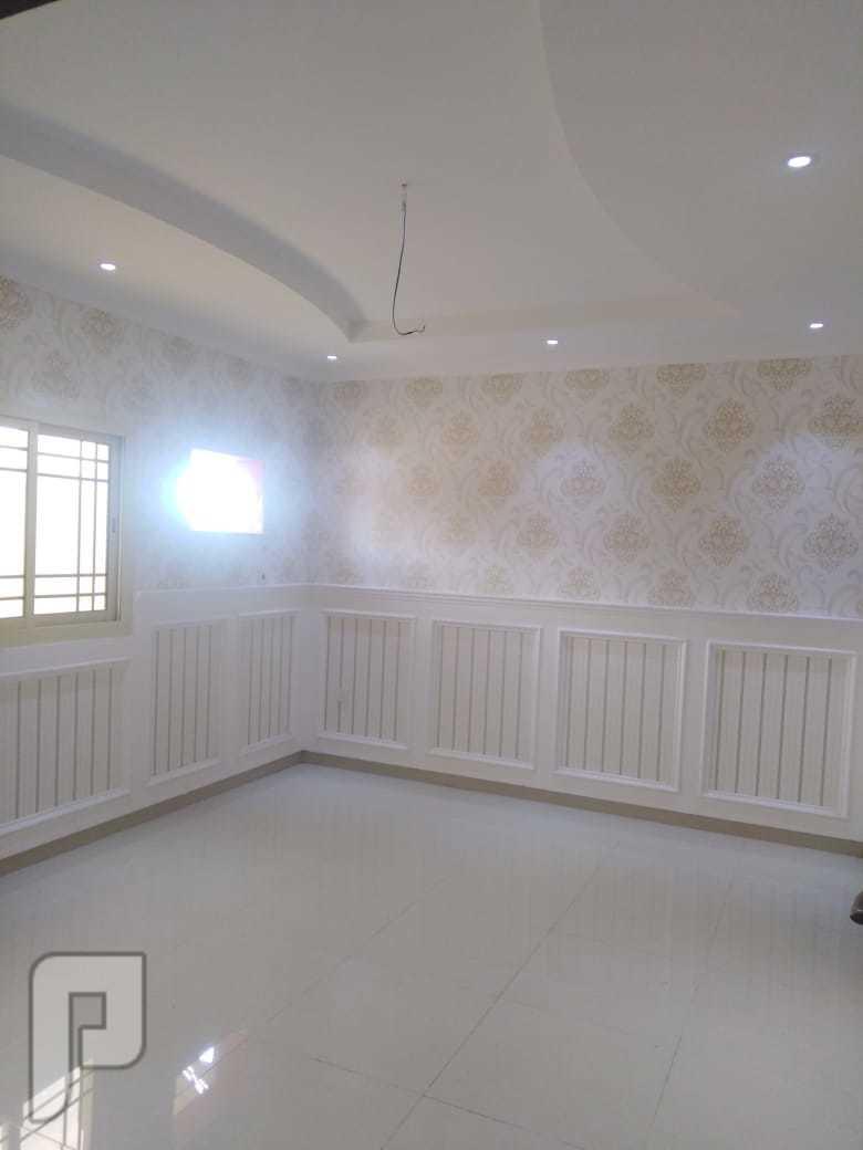شقه فاخرة حصرية5 غرف للبيع بسعر مغري