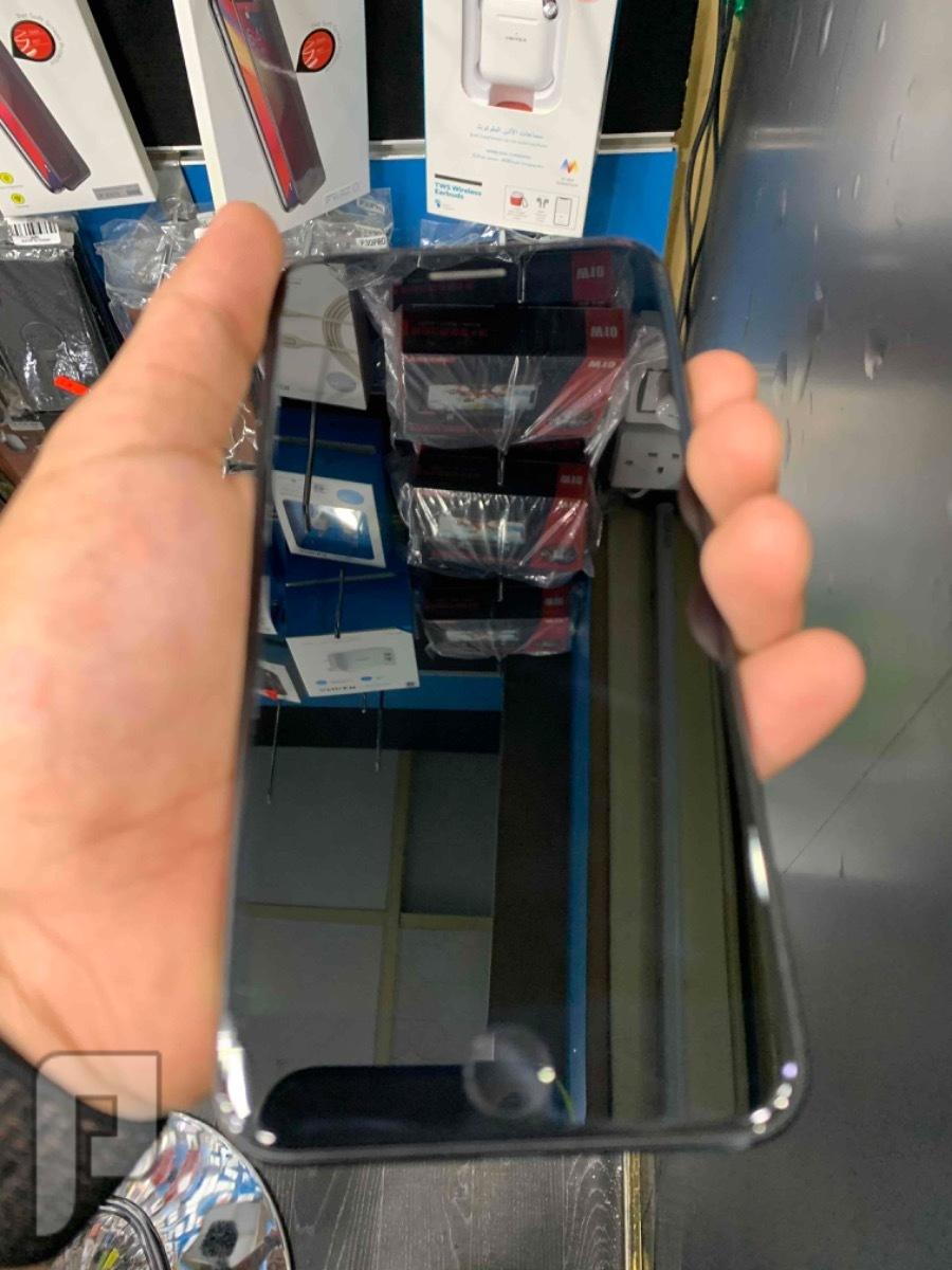 للبيع ايفون 7 بلس اسود مستخدم