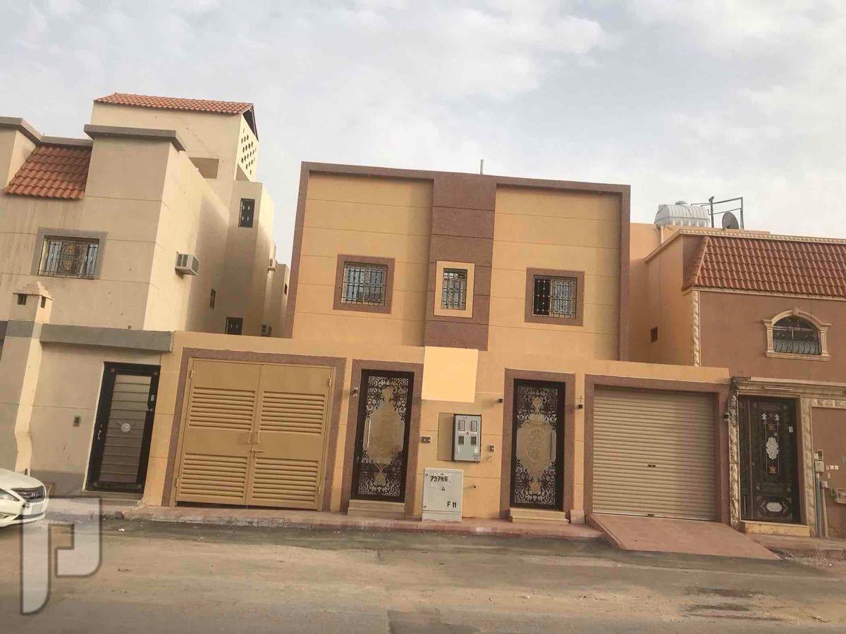 للبيع فيلا بحي الدار البيضاء دور وشقتين مساحة 375