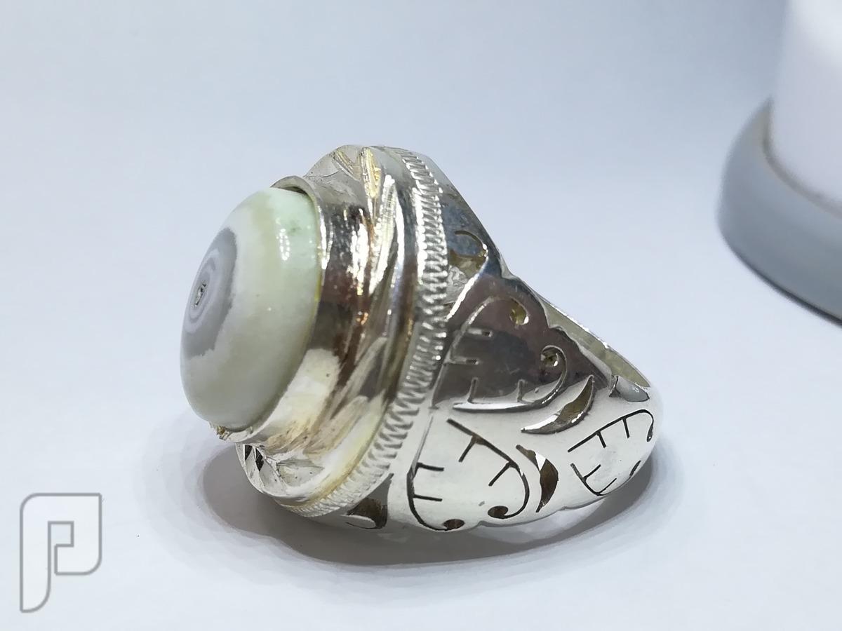 خاتمين عقيق حجرين توام فضه مختلفه بالشكل