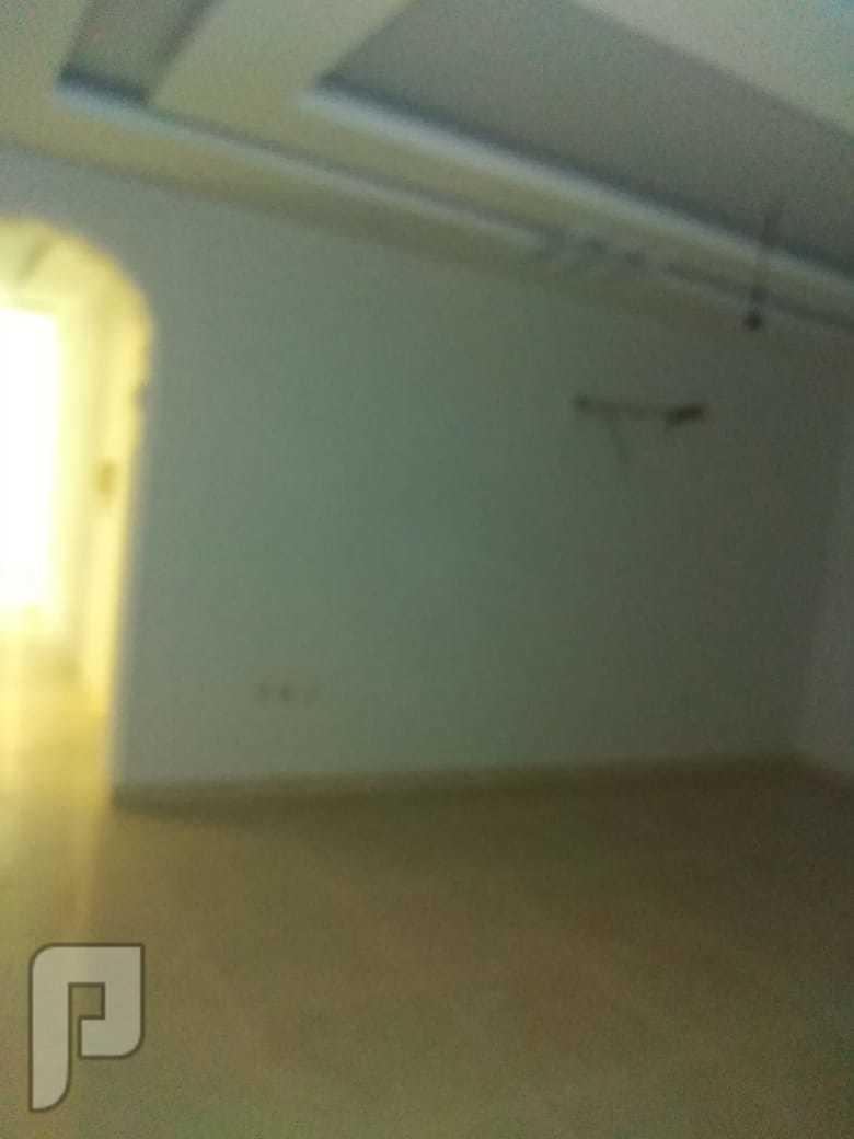 شقه 3 غرف للبيع افراغ فوري ب جده