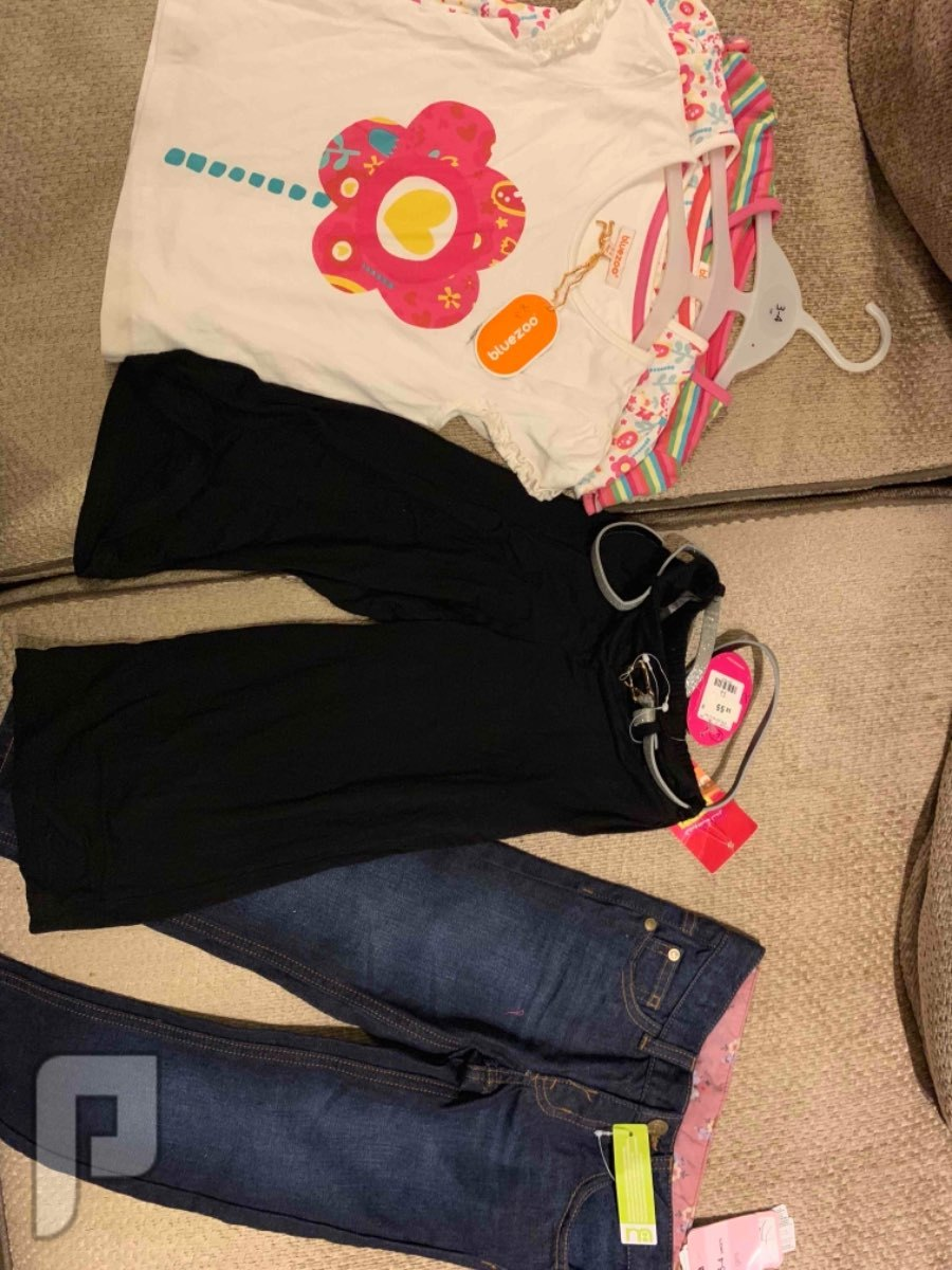 ملابس اطفال بنات قاب وزارا بسعر 15 الى 45 3/4 سنوات 20 ريال والتي شيرت 3 قطع ب 30
