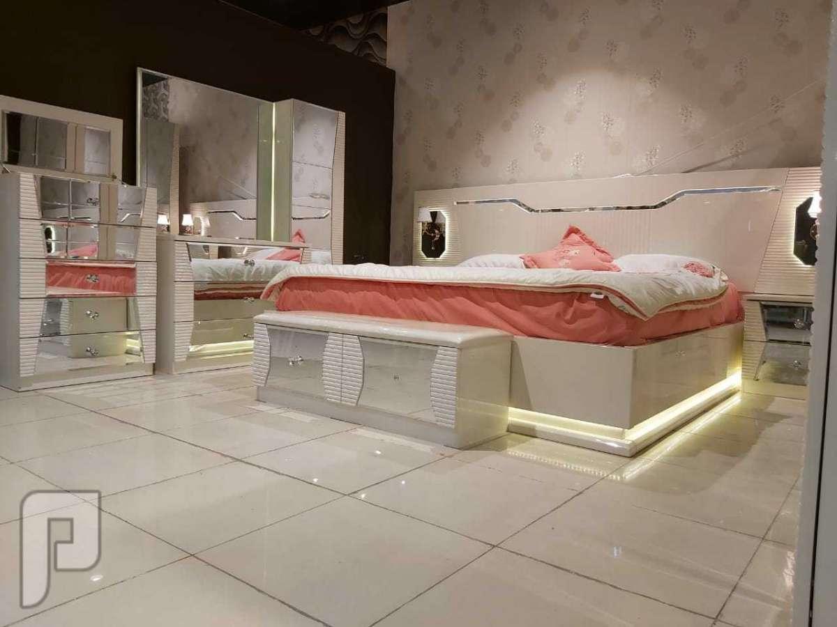 لرياض غرف نوم مميزة وانيقة مع ضمان وتركيب