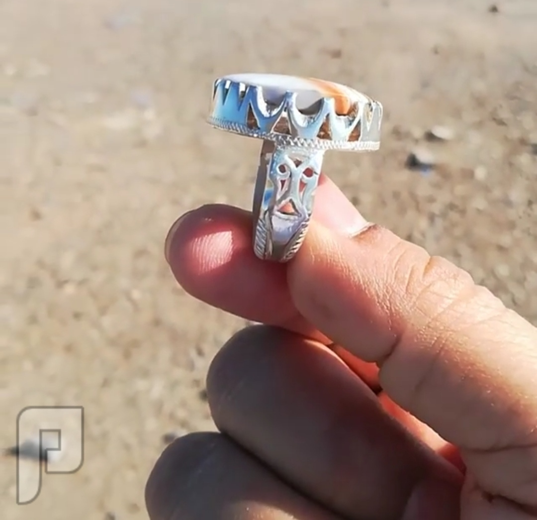 خاتم  عقيق يماني طحلبي مخطط بكذا لون