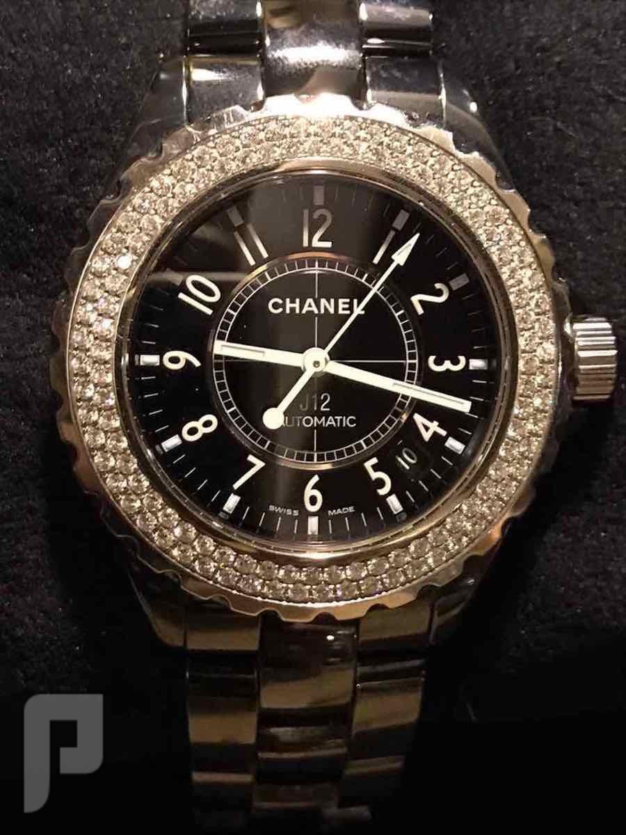 ساعة شانيل وكاله الماس الحجم الكبير