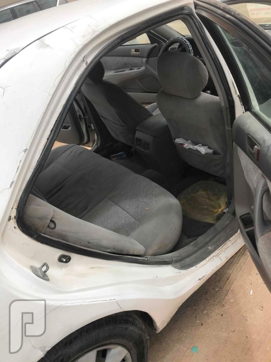 للبيع سيارة كامري 2003