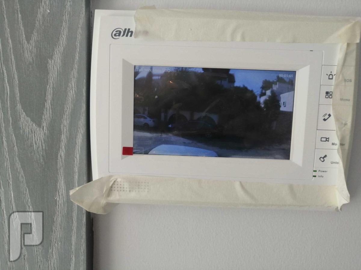 كاميرات وشبكات و سنترلات بانواعها وأنظمة صوتيه وربط فروع Entr. Com