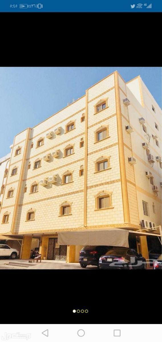 عماره للبيع حي المنار 14شقه ودورين فله