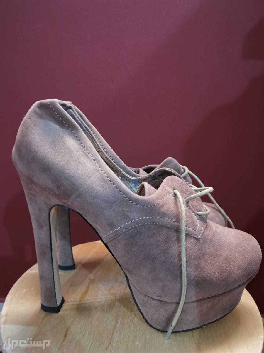 حذاء  براند piaza italia
