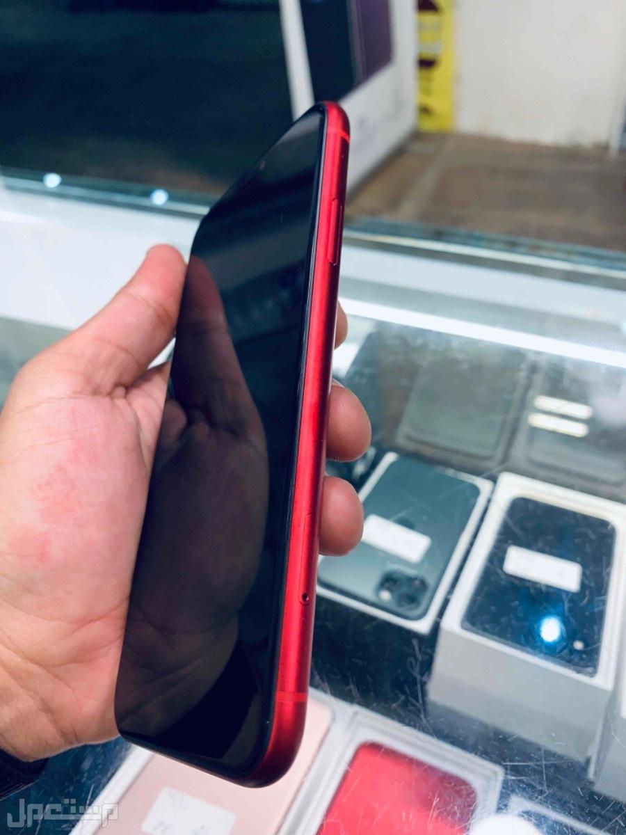 للبيع ايفون 11 احمر 64 مستخدم