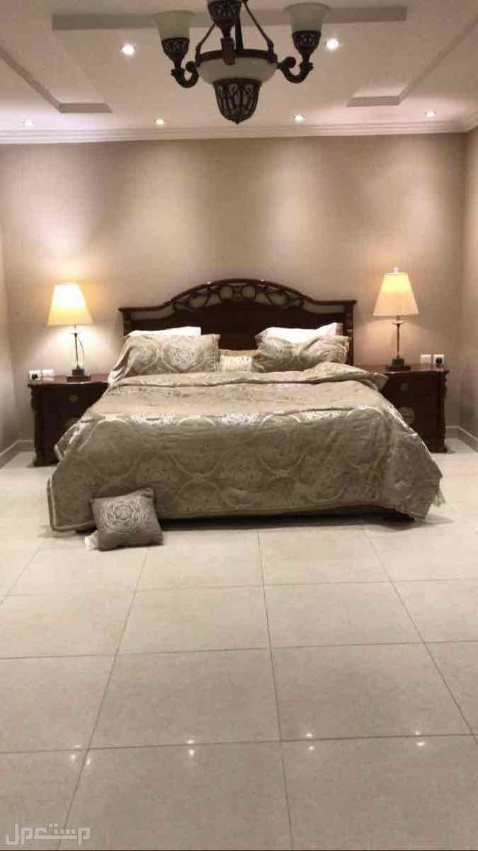 غرفة نوم امريكيه راقيه نظيفه جداجدا للبيع