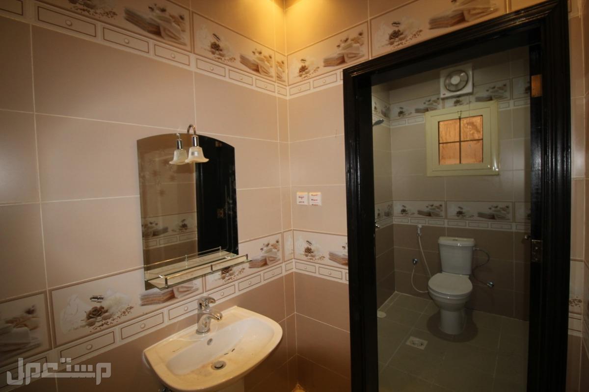 للبيع شقة فاخرة اربع غرف فاخرةحصرية جديدة