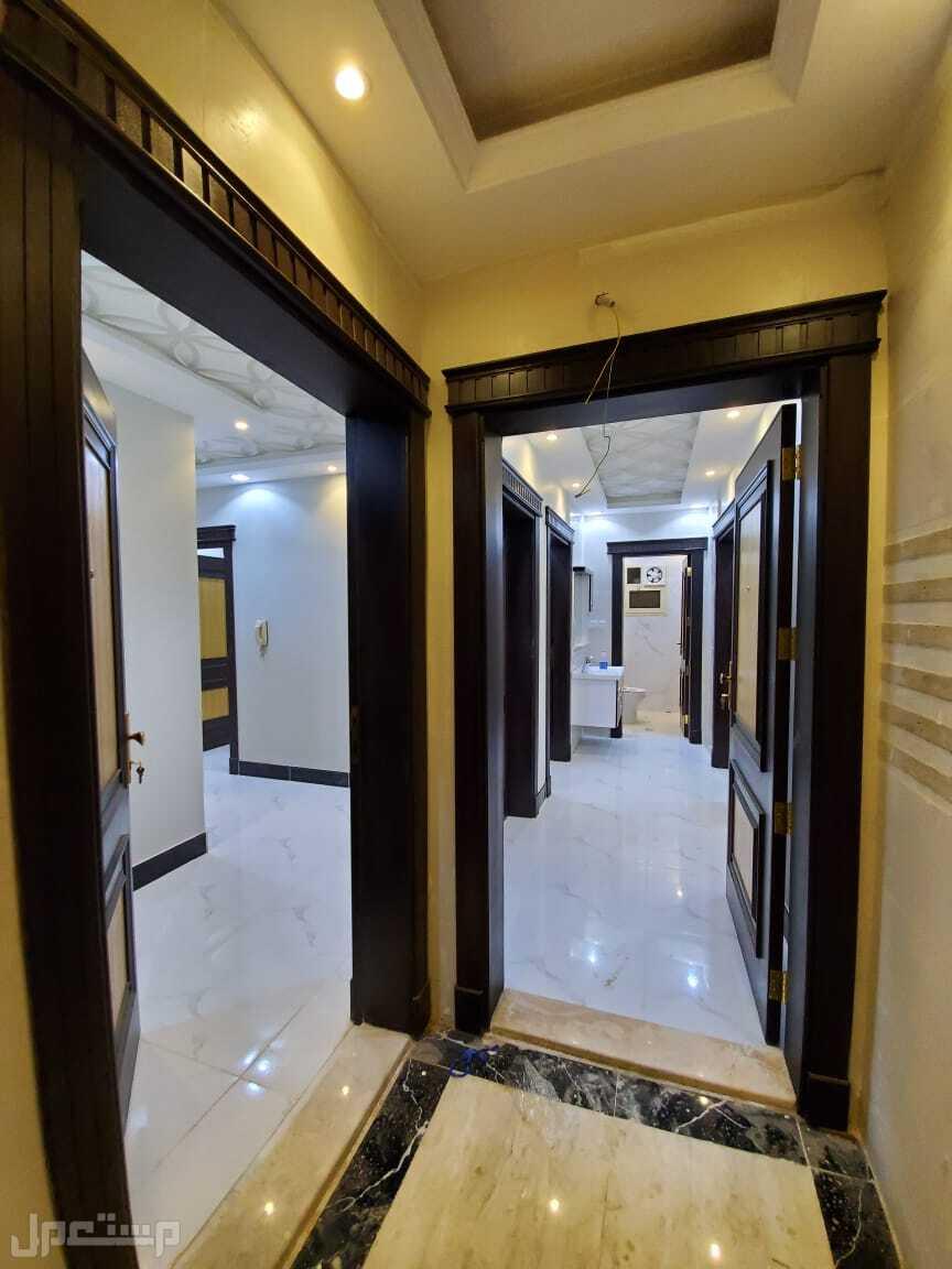 شقة للبيع بسعر مميز 7غرف