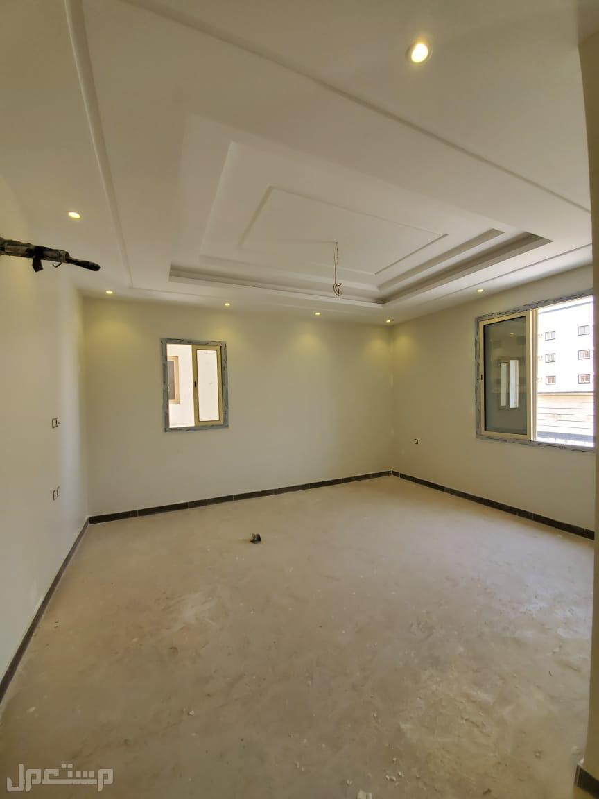 شقة للبيع 6 غرف من المالك مباشرة بسعر ممتاز