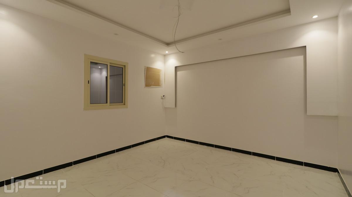 شقه فاخره 3غرف جديده  باحدث تصميم للبيع  من المالك مباشرة وبدن عمولة