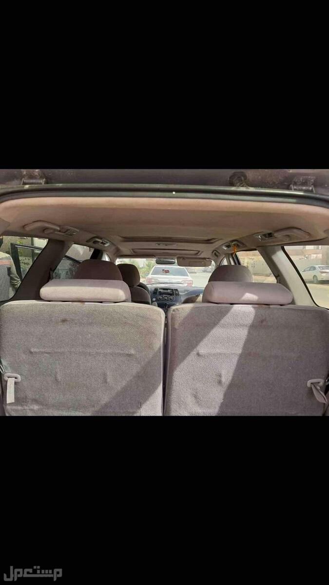 سيارة فان  متسوبيشي 2007