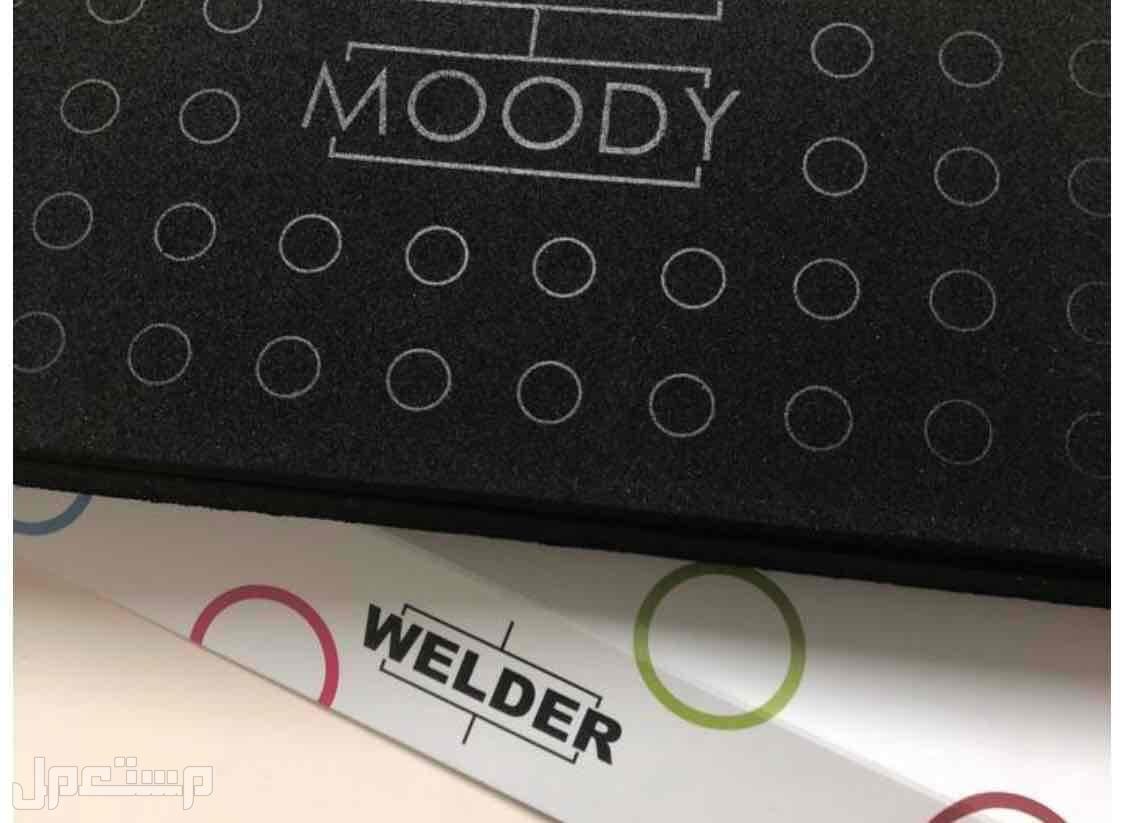 ساعة welder moody