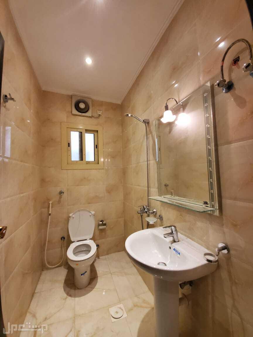 شقة فاخرة4 غرف بسعر مميز
