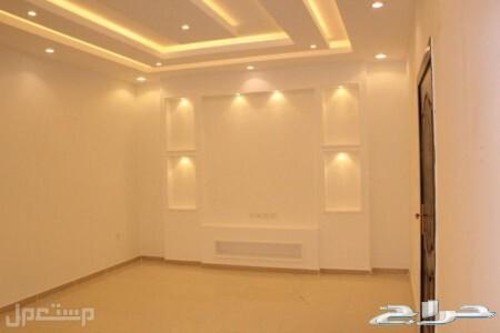شقه للبيع 5غرف اماميه مدخلين جديده ب310الف ريال فقط من المالك مباشرة