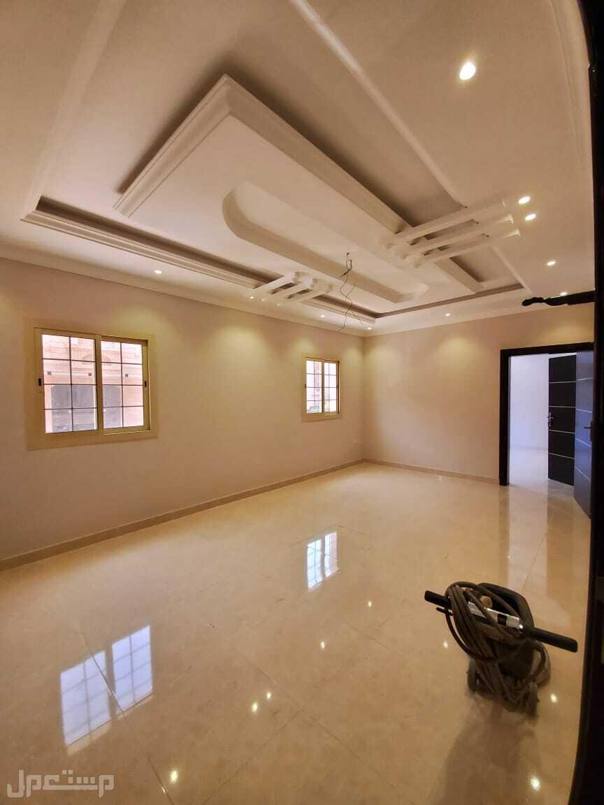 عياده 6 غرف للبيع بسعر ممتاز وديكور حديث
