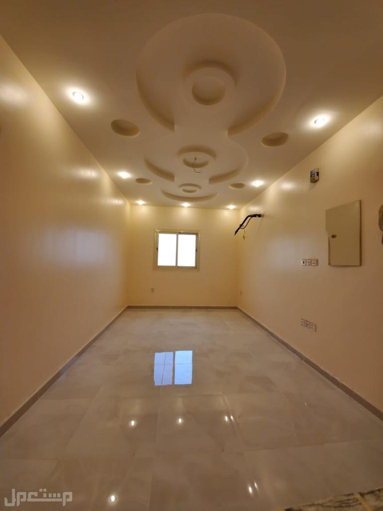 شقه للبيع 3غرف بحي الرحمانيه وديكور حديث