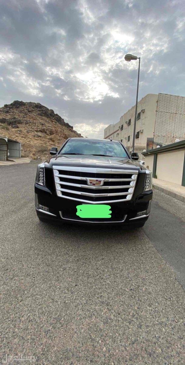 للبيع كاديلاك أسكاليد طويل موديل 2019 سعودي