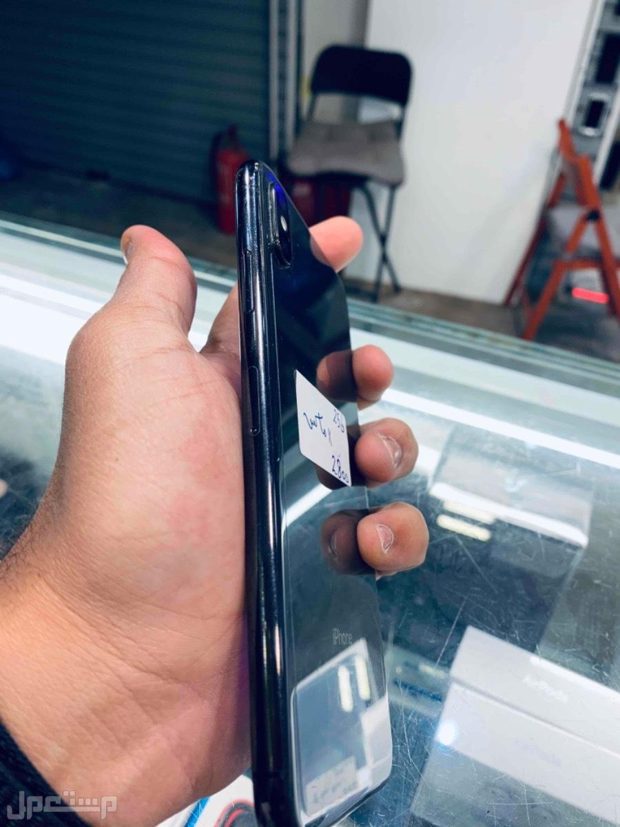 للبيع ايفون اكس اس ماكس 256 اسود مستخدم