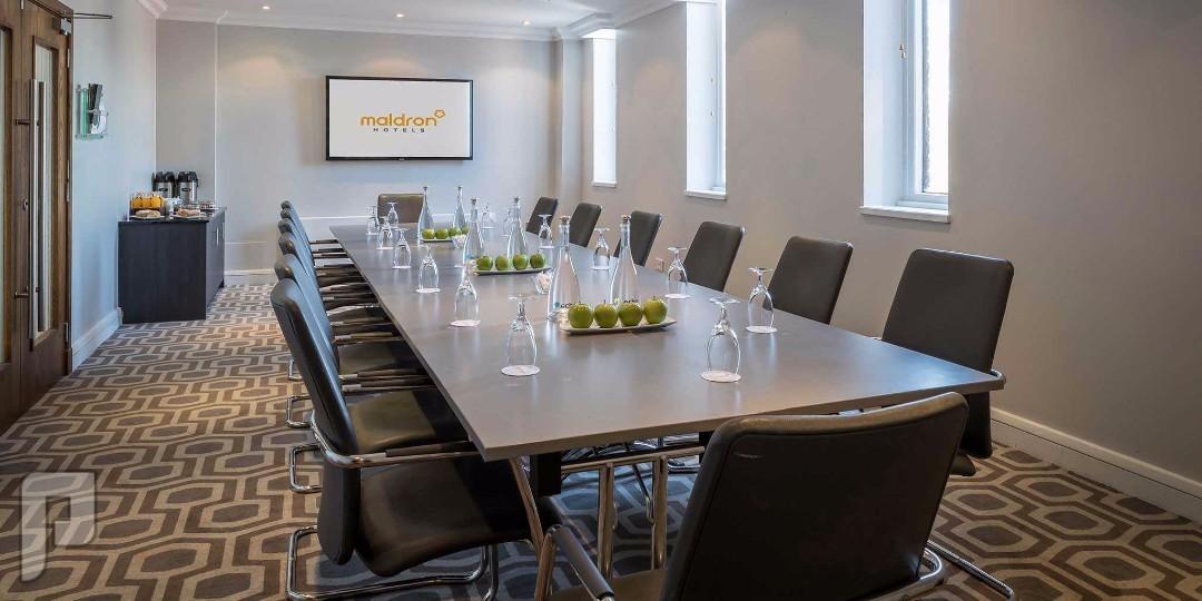 IT وشبكات المعلومات Meeting room
