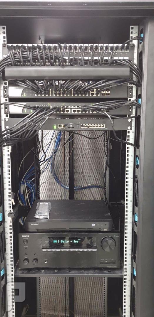 IT وشبكات المعلومات