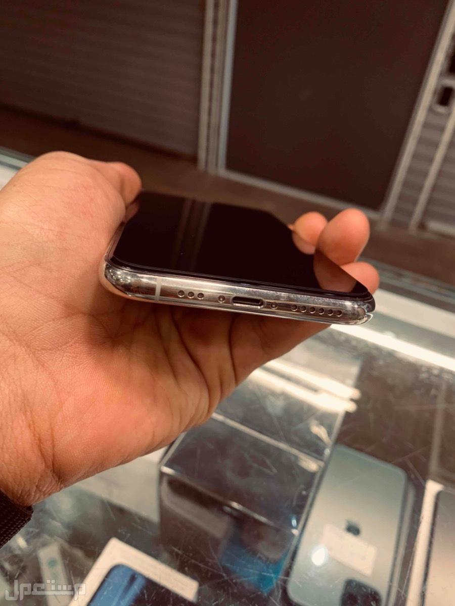 للبيع ايفون 11 برو ابيض 256 مستخدم نظيف