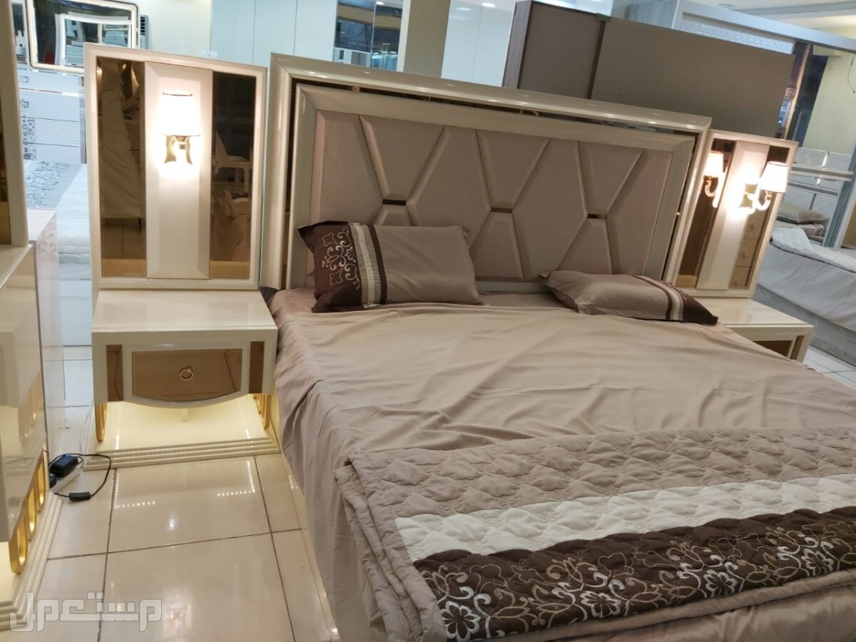 غرف نوم انيقه وخشب ممتاز