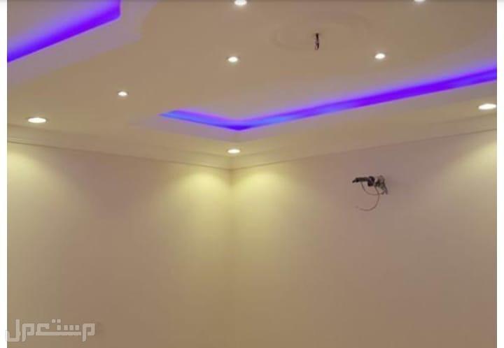 فيلا روف وشقه ربع غرف بمدخلين وبسعر لقطه من المالك مباشره