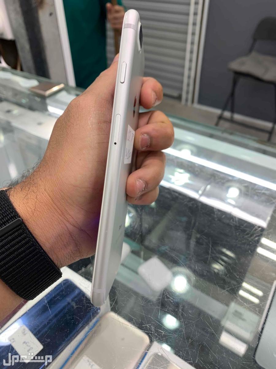 البيع ايفون 7 بلس 128 مستخدم رصاصي سلفر