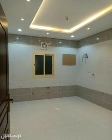 شقة 4 غرف بمساحة واسعة بأقل سعر