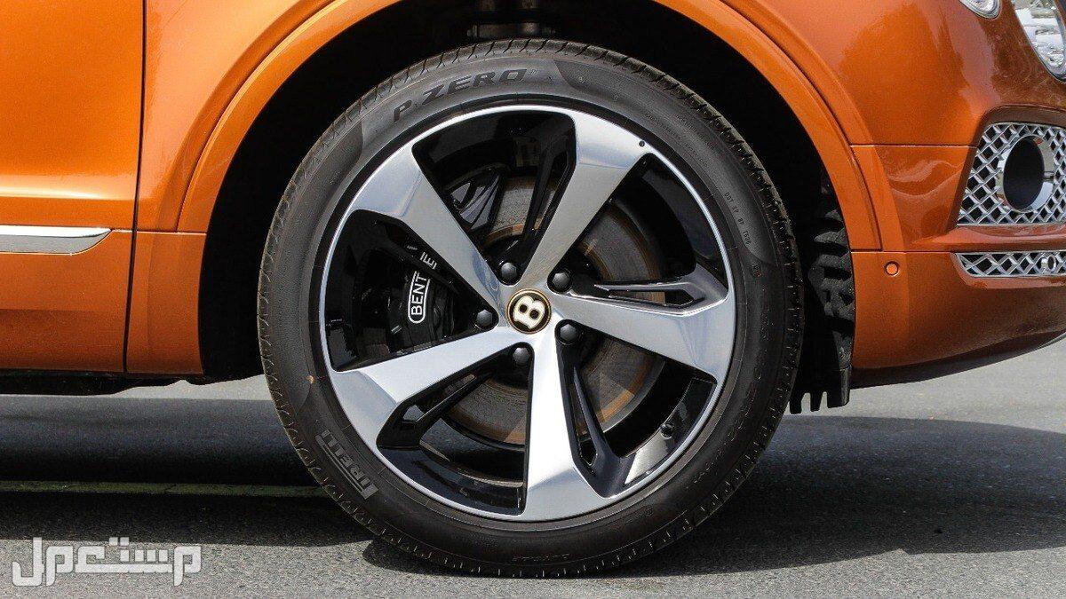 بنتلي بنتايجا V8 موديلات 2020 (جديد)