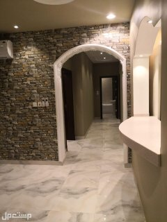 شقة للبيع 3غرف تصميم فاخر ومساحة واسعه