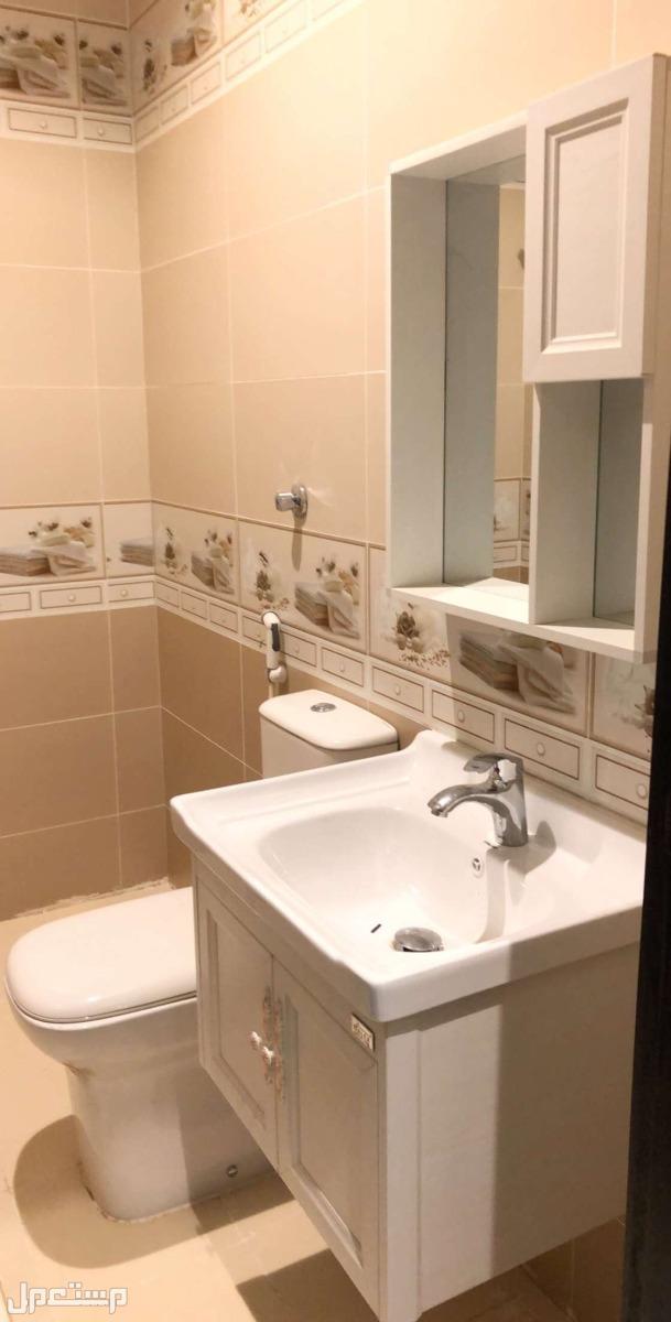 شقة فاخرة 3 غرف جديدة من المالك مباشرة