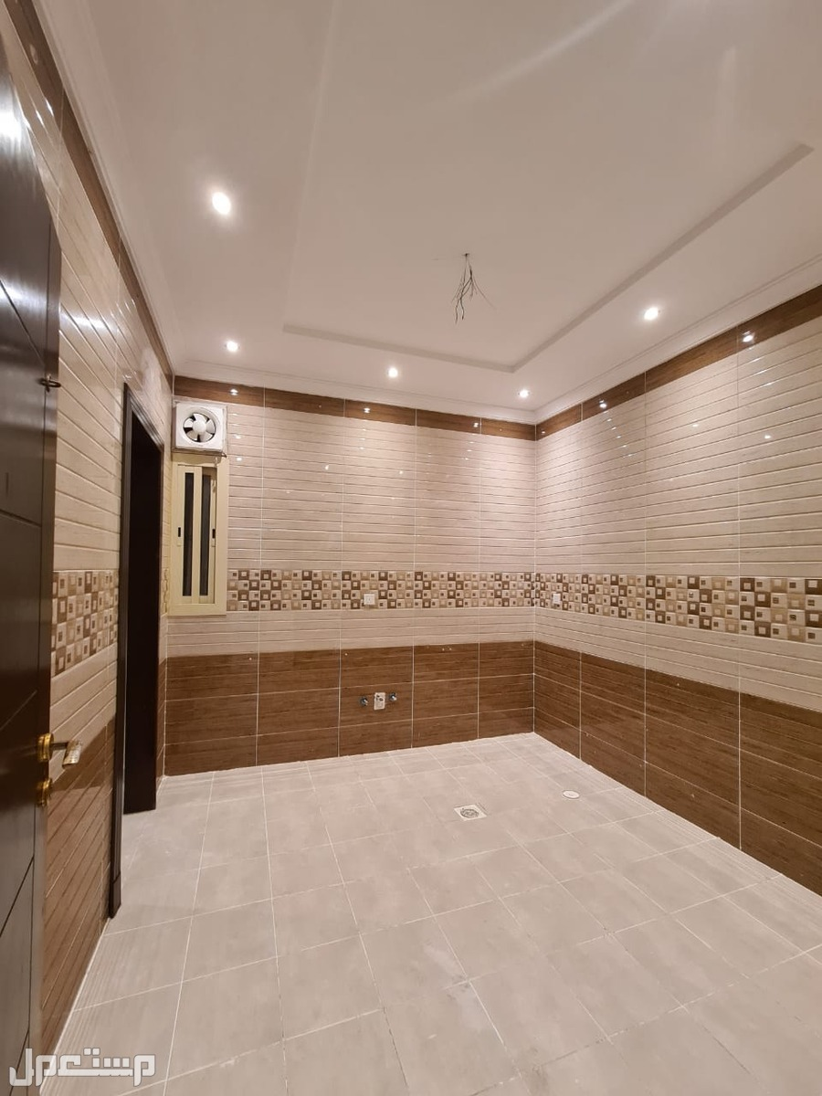 شقه للبيع 4 غرف بديكور راقي بحي الصفا